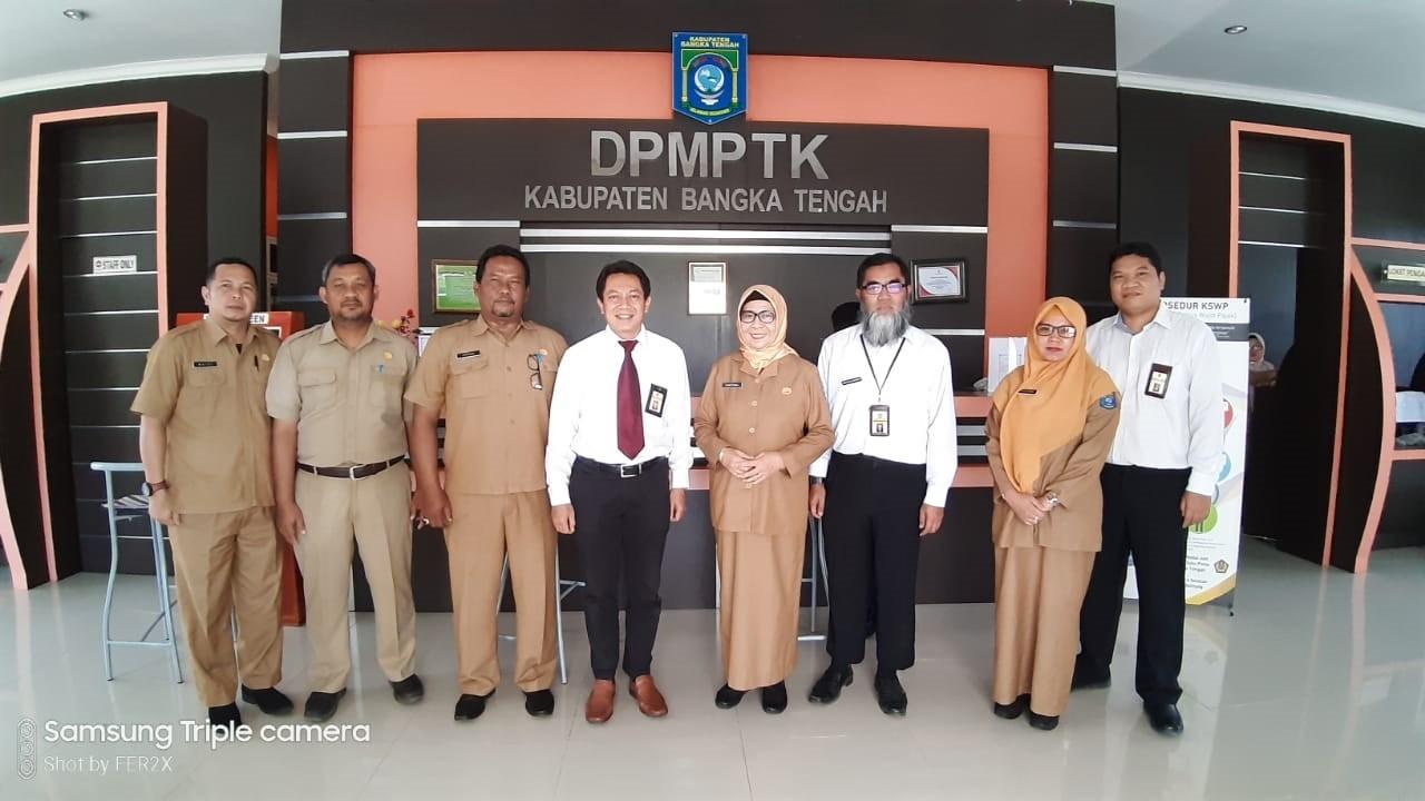 DPMPTK Bangka Tengah Tandatangani PKS KSWP Dengan KPP Pratama Bangka